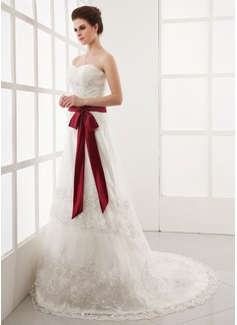 Corte A/Princesa Escote corazón Cola capilla Tul Vestido de novia con Volantes Encaje Fajas Lazo(s)