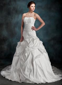 Corte de baile Escote corazón Cola capilla Tafetán Vestido de novia con Volantes Lazo(s)