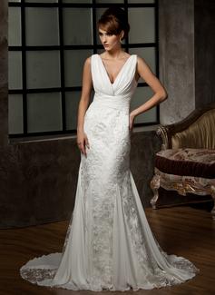 Trumpet/Mermaid V-neck Court Train Chiffon Lace Wedding Dress With Ruffle