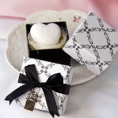 Heart Shaped Soaps With Ribbons/Pendant